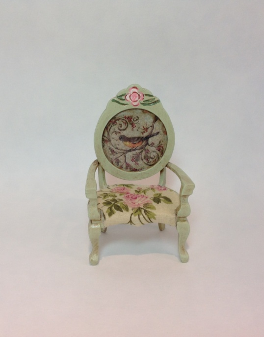 chair with roses and bird